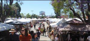שוק פשפשים ברחוב מלרוז @ Campus of Fairfax High School