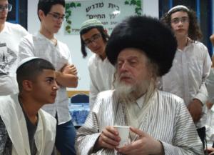 """שולחן ט""""ו בשבט עם הרב יוסף הכהן קהאן @ עדת ישורון"""