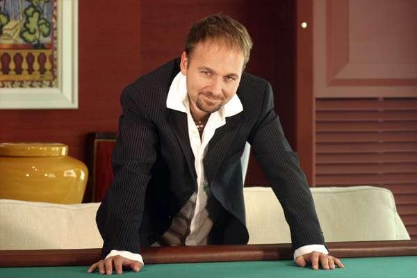 דניאל נגרנו, משתתף. נחשב לאחד משחקני הפוקר הטובים והמורווחים בעולם