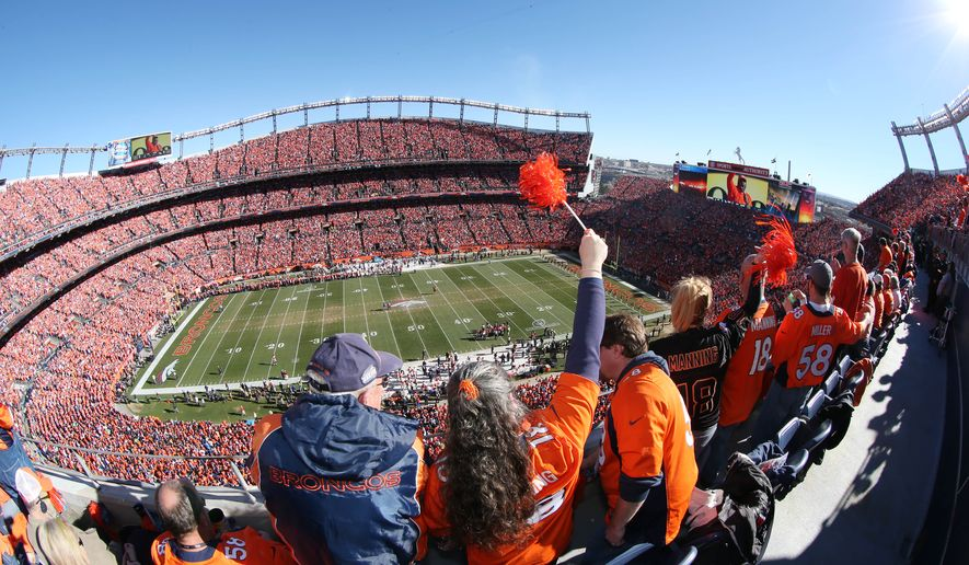 patriots-broncos-football-jpeg-0a1f7_c0-217-5184-3239_s885x516
